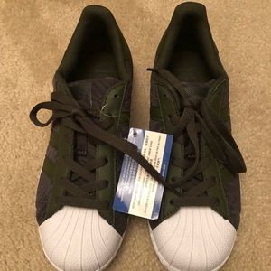 Brand new with tags dark green adidas superstars